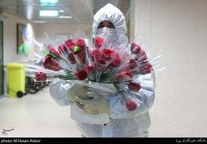 عکس/ جشن میلاد امام زمان(عج) برای بیماران کرونایی