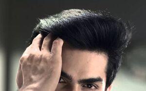 ۷ اشتباه روزانه که زیبایی را از موهای شما میگیرد