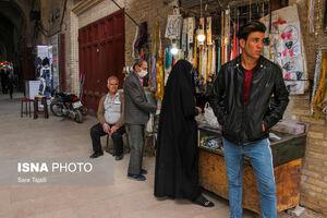 عکس/ اجرای طرح فاصله گذاری هوشمند در بازار کرمان