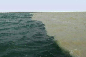 عکس/ پدیدهی دریای دو رنگ در چابهار
