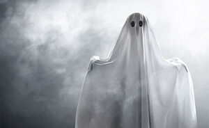 فیلم/ مبارزه با کرونا به وسیله ارواح سرگردان!