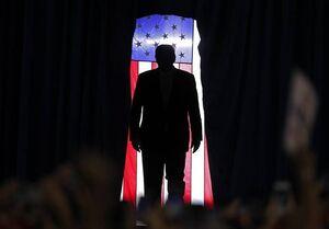 گاردین: ترامپ یک ویروس در بدن ملت آمریکاست