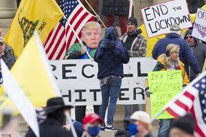 فیلم/ ادامه اعتراض آمریکاییها به قرنطینه