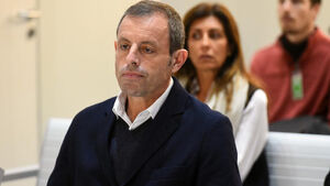 زندانی شدم چون رئیس بارسلونا بودم