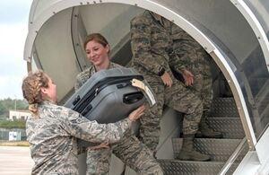پنتاگون از تمدید ممنوعیت مسافرت نظامیان آمریکا خبر داد