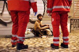 عکس/ زندگی دشوار بیخانمانها زیرسایه کرونا