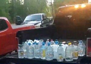 فیلم/ معضل آب آشامیدنی در بحران کرونای آمریکا!