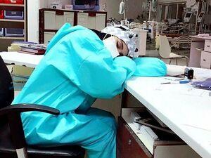 عکس/ استراحت پرستار بیمارستان موسوی زنجان - کراپشده