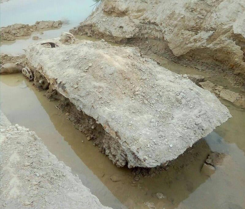 یادگار جنگ تحمیلی عراق در دل خاک های مهران/ کشف لاشه تانک نفربر