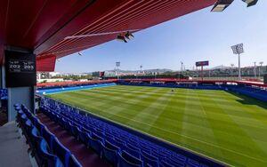 عکس/ بارسلونا در این استادیوم بازی میکند