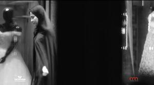 حمله مطربها به چادر؛ حجاب برتر چگونه ابزار اغواگری میشود؟ +عکس و فیلم