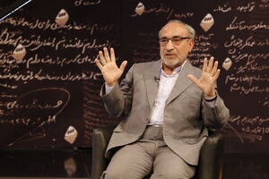 در ماجرای بنزین، مقصر اصلی مجلس بود/ لاریجانی هم مانند روحانی است؛ برای ۱۴۰۰ با او ائتلاف میکنیم