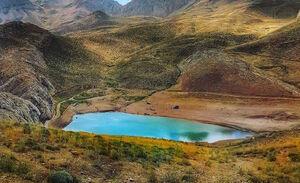 دریاچه ای زیبادر دل طبیعت فیروزکوه
