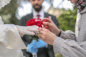 عکس/ ازدواج در روزهای کرونایی
