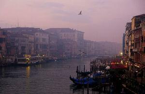 عکس/ آسمان آبی کلان شهرها درپی شیوع کرونا