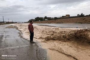 عکس/ تندباد و باران شدید در سمنان
