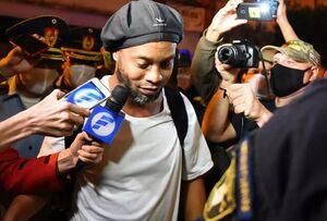 شاعر فوتبال پس از آزادی از زندان چه گفت؟