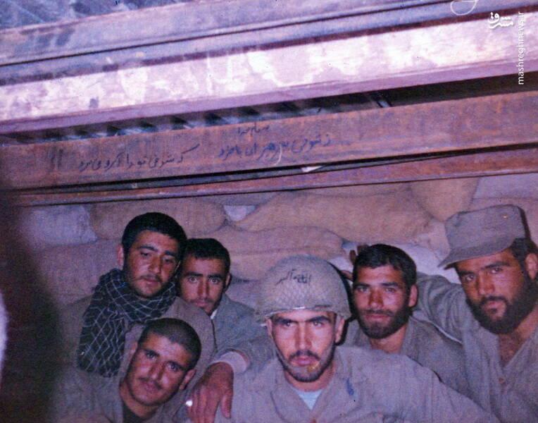 سردار شهید «رضا حسن پور»(نفر سوم از راست)