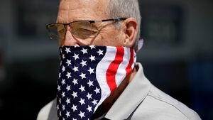 آمریکاییها در یک کشور از همپاشیده زندگی میکنند/ زمان پایان دادن به دوران ترامپ فرا رسیده است
