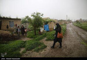عکس/ اقدام زیبای یک معلم در آزادشهر