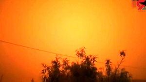 فیلم/ گرد و غبار آسمان زواره را قرمز کرد