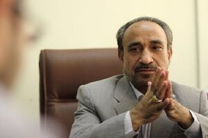 خباز: دلواپس مصوبات مجلسیمو هر روز میلرزیم/ دفاع از احمدینژاد برای فرار از روحانی!