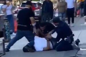 کتک زدن یک عابر به دست پلیس نیویورک