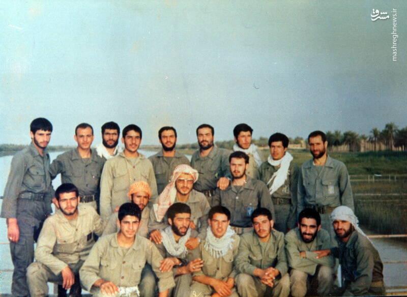 شهید کاوه نبیری(ایستاده، ردیف اول، نفر چهارم از راست)