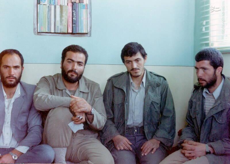 شهید کاوه نبیری در کنار شهید مهدی زین الدین