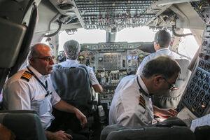 خلبانان در شرایط کرونایی چقدر حقوق میگیرند؟