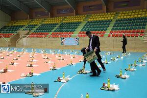 عکس/ توزیع ۷۰۰ هزار بسته حمایتی در اردبیل