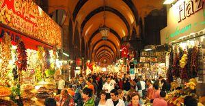 فیلم/ ازدحام شدید در معروف ترین بازار مصر!