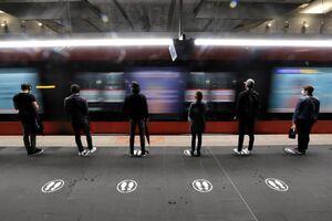 فیلم/ فاصلهگذاری در ایستگاههای قطار فرانسه