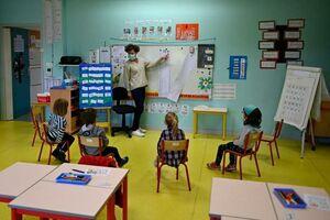 فاصله گذاری اجتماعی در مدارس