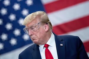 بهانههای آمریکا برای توجیه ناکارآمدی خود در مقابله با کرونا/ ایران، روسیه و چین مقصرند؛ نه ترامپ!