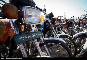 فیلم/ دستگیری باند سارقان موتورسیکلت و خودرو در تهران
