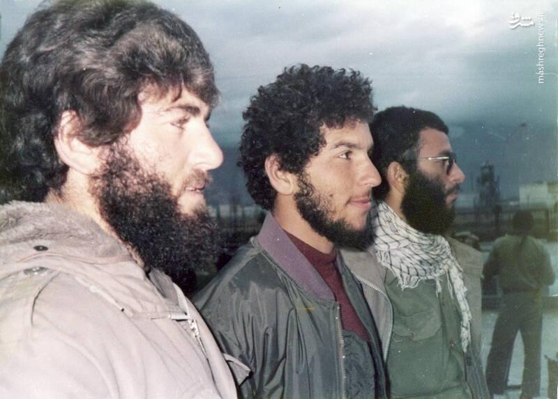 شهید محمدمهدی محب شاهدین(نفر وسط)