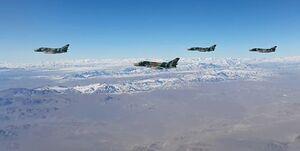 چالش جنگندههای سپاه برای پدافند هوایی دشمن +عکس