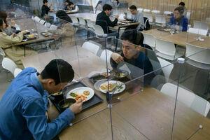 عکس/ سالن غذاخوری کارمندان بانک در چین