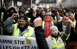 جلیقه زردها بیتوجه به هشدارها به خیابانها بازگشتند