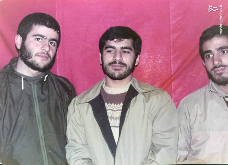 شهید علی اکبر سید جوادی(نفر اول از چپ)