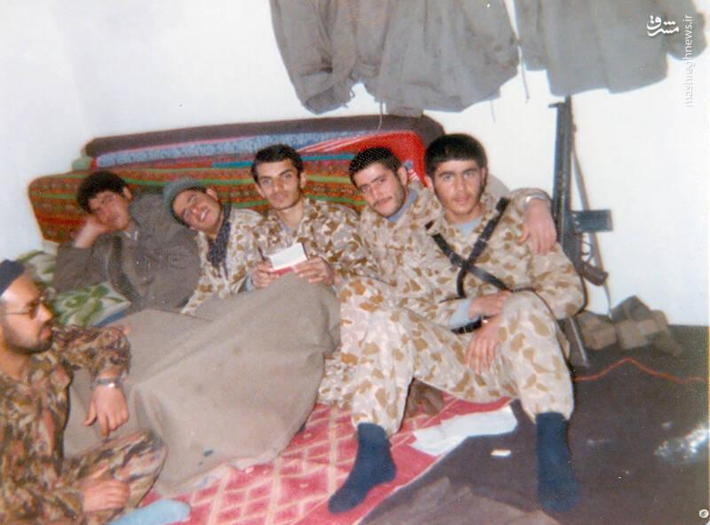 شهید علی اکبر سید جوادی(نفر اول از راست)
