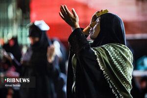 عکس/ احیای شب قدر در هیئت ریحانه الحسین(ع)