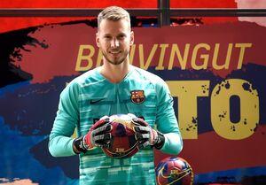 ۶ تیم بزرگ اروپایی به دنبال گلر بارسلونا