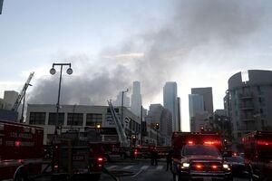عکس/ انفجار وآتش سوزی مهیب در لسآنجلس