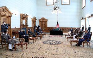 عکس/ مراسم امضای توافق سیاسی میان غنی و عبدالله