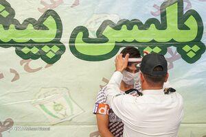 عکس/ رعایت بهداشت توسط پلیس برای مجرمان