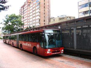 ازدحام در اتوبوس