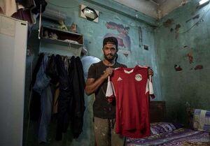 دستفروشی بازیکن مصری بهخاطر کرونا +عکس
