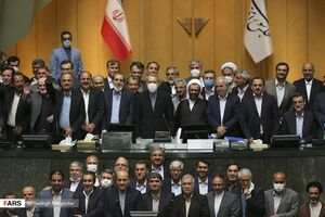 کنایه سخنگوی وزارتبهداشت به عکس یادگاری جلسه پایانی مجلس دهم